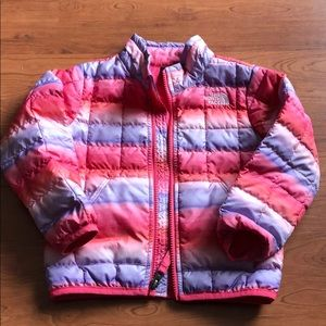 The north face jacket. SiZe 3t